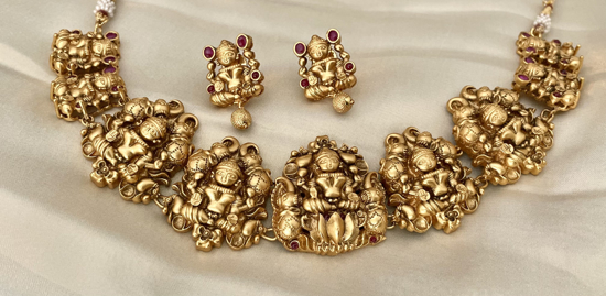 Picture of Antique Nagas neckpiece with earring