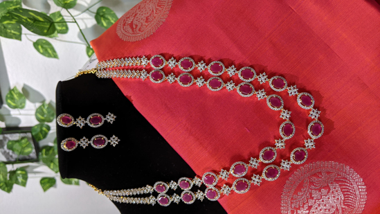 Picture of Premium quality Diamond finishing 2 lines long set with real kempu glass stones
