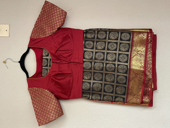 Picture of Semi Silk Saree with simple sleeve blouse