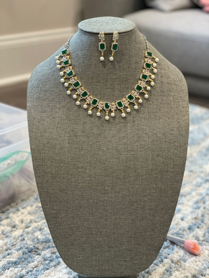 Picture of AD Finish Emerald Necklace Brand New