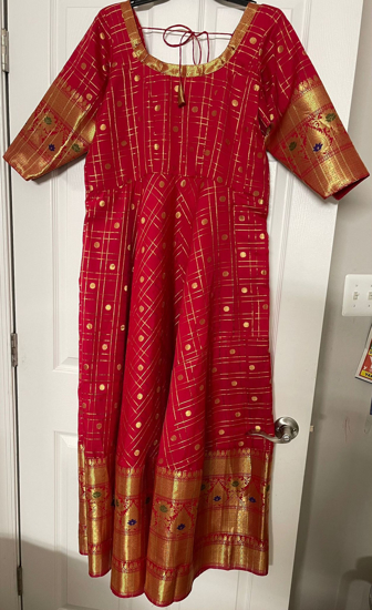 Picture of Organza Long gown with kanchi big border 40 chest