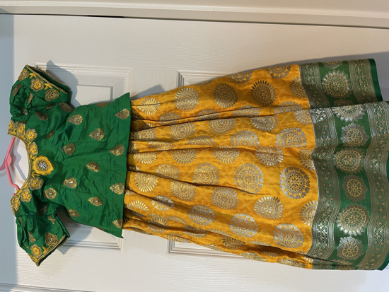 Picture of Benaras lehanga with matching bangles  1-2Y